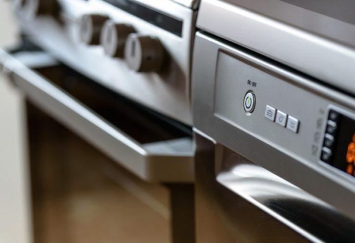 Some ultra-clean kitchen appliances.