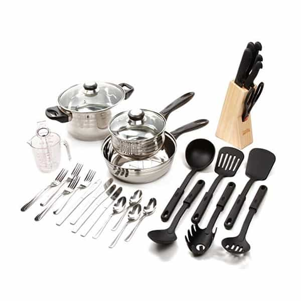 Look at how much stuff you get in this set. This is a major saver for a budget kitchen.