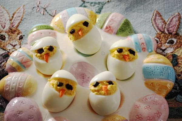 Easter Chick Devilled Eggs So Cute + So Tasty! 2