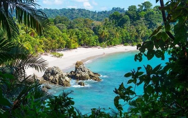 costa rica beach shoreline