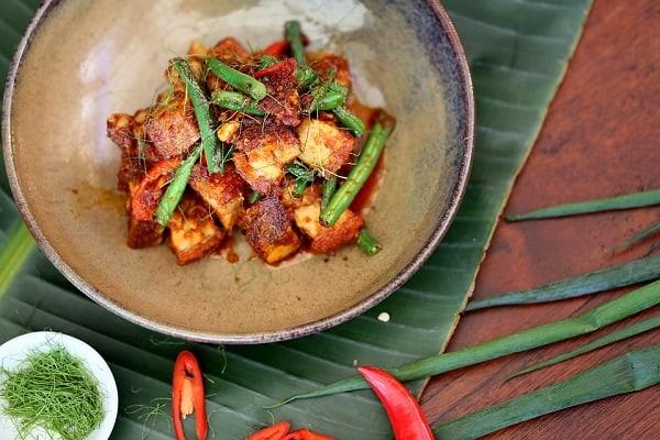 Top Thai Food Blogs: Mark Wiens' Eating Thai Food 2