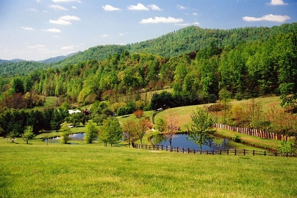 Getaway for 2 to Nelson County, Virginia Sweepstakes 2