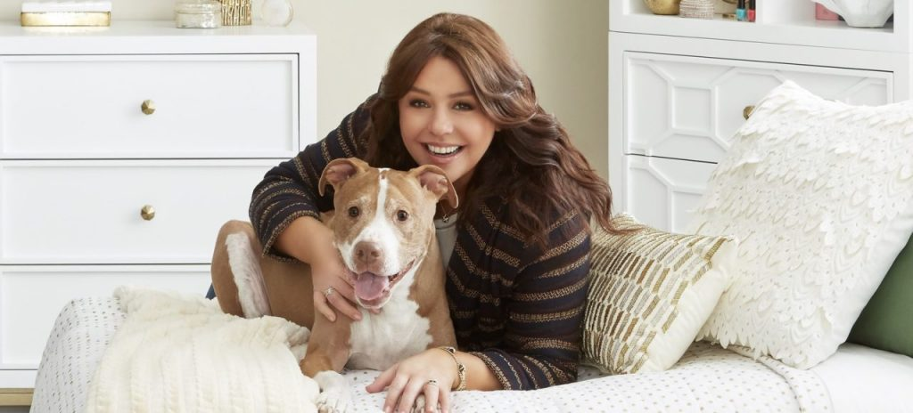 rachael ray with her dog