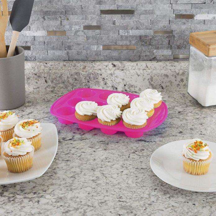 Classic Cuisine 18-Piece Bakeware Set