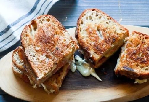 Creative Cheese Grilled Sandwich