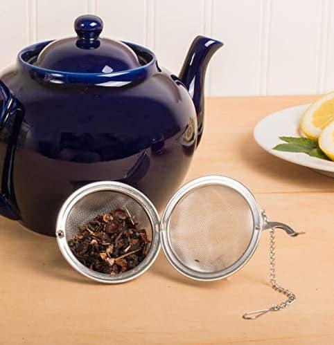 HIC ceramic teapot